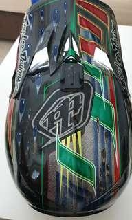 Troy Lee D3 Carbon Sam Hill Edition