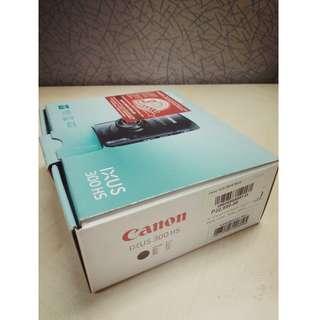 Canon IXUS 300 HS / IXY 30S / PowerShot SD 4000 IS + SD card