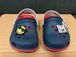 Crocs Sandals size C8
