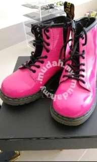 Dr. Martens boot for girls