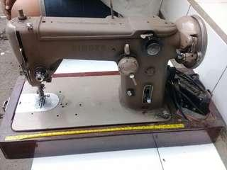 SINGER Sewing Machine Made in USA Vintage WORKING 1970's