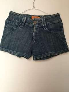 Short Jeans 2