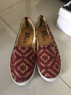 BATIK loafer