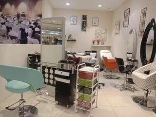 Yg mau buka usaha salon peralatan nya bisa dicicil