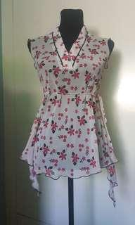 On Sale!! PINK SODA FLORAL TOP
