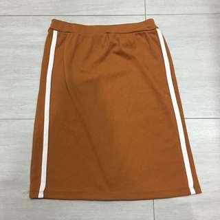 Brown side striped body on skirt
