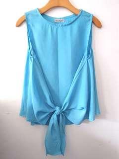 Atasan biru chiffon, 1x pemakaian