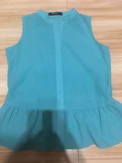 Bluegreen top