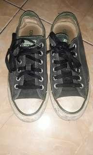 Converse low