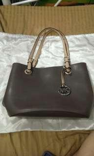 💯Auth MK Leather Bag
