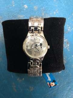 BRAND NEW WITH TAG! Official Disney Licensed Mickey Mouse Metal Strap Watch