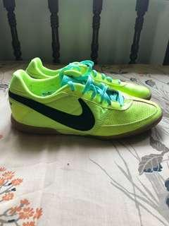 Pre owned AUTHENTIC NIKE