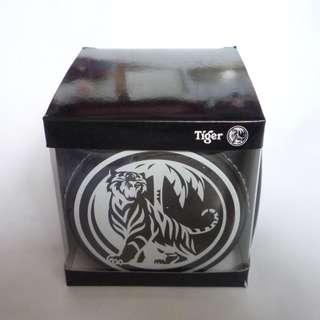 """Singapore TIGER BEER Leather DICE CUP 4"""" Tall With Dice Box 2015 Black Acclaimed"""