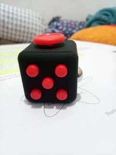 Fidget Cube / Mainan / Fidget Spinner