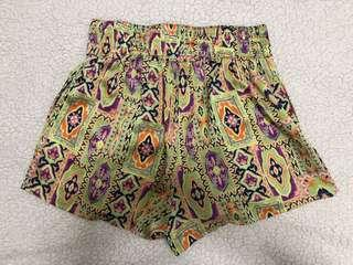 Printed Flowy Shorts - S