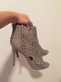 Size 10 open toe grey suede high heels NEW
