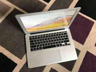 MacBook Air 2015 Core i5 8GB 128SSD HD6100 13.3inch LED OS High Sierra