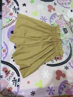 黃色小褲裙