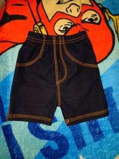 Celana pendek jins legging
