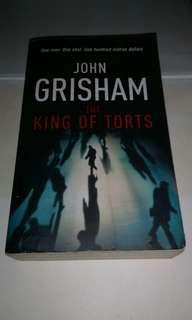 JOHN GRISHAM - THE KING OF TORTS BOOK BUKU