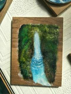 🚚 手繪板畫【森林瀑布】