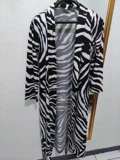 Zebra outer