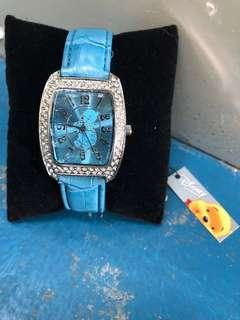 BRAND NEW WITH TAG! Official Disney Licensed Winnie the Pooh Blue Strap Crystal Watch