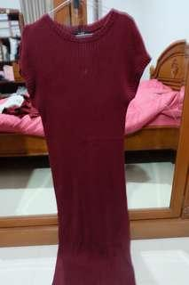 Dress rajut warna merah