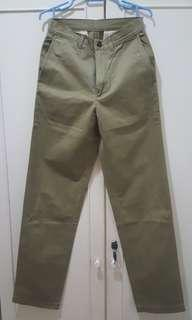 Benetton Khakis size 28 inches
