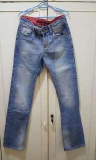 """Rugged blue jeans 32"""""""