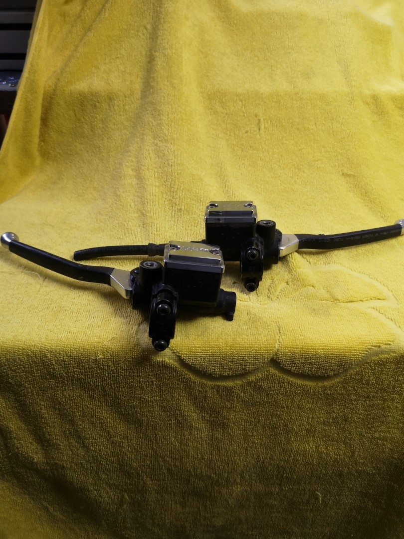 Gilera Assembly Brakes Lever With SSP Top Cover Motorbikes