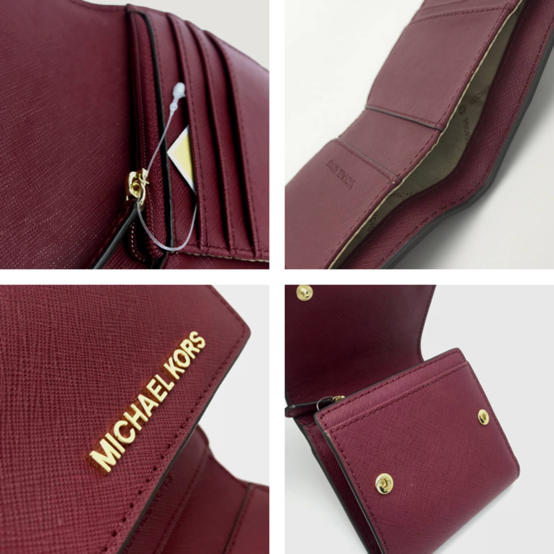 2a852b7d82f6 NEW ARRIVAL Michael Kors Jet Set Travel Small Carryall Wallet Mulberry,  Luxury, Bags & Wallets, Wallets on Carousell