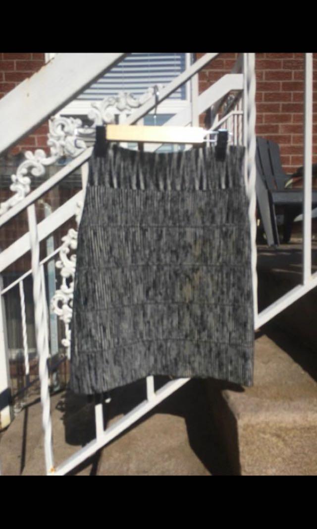 NWOT Bcgb stretch mini skirt size m