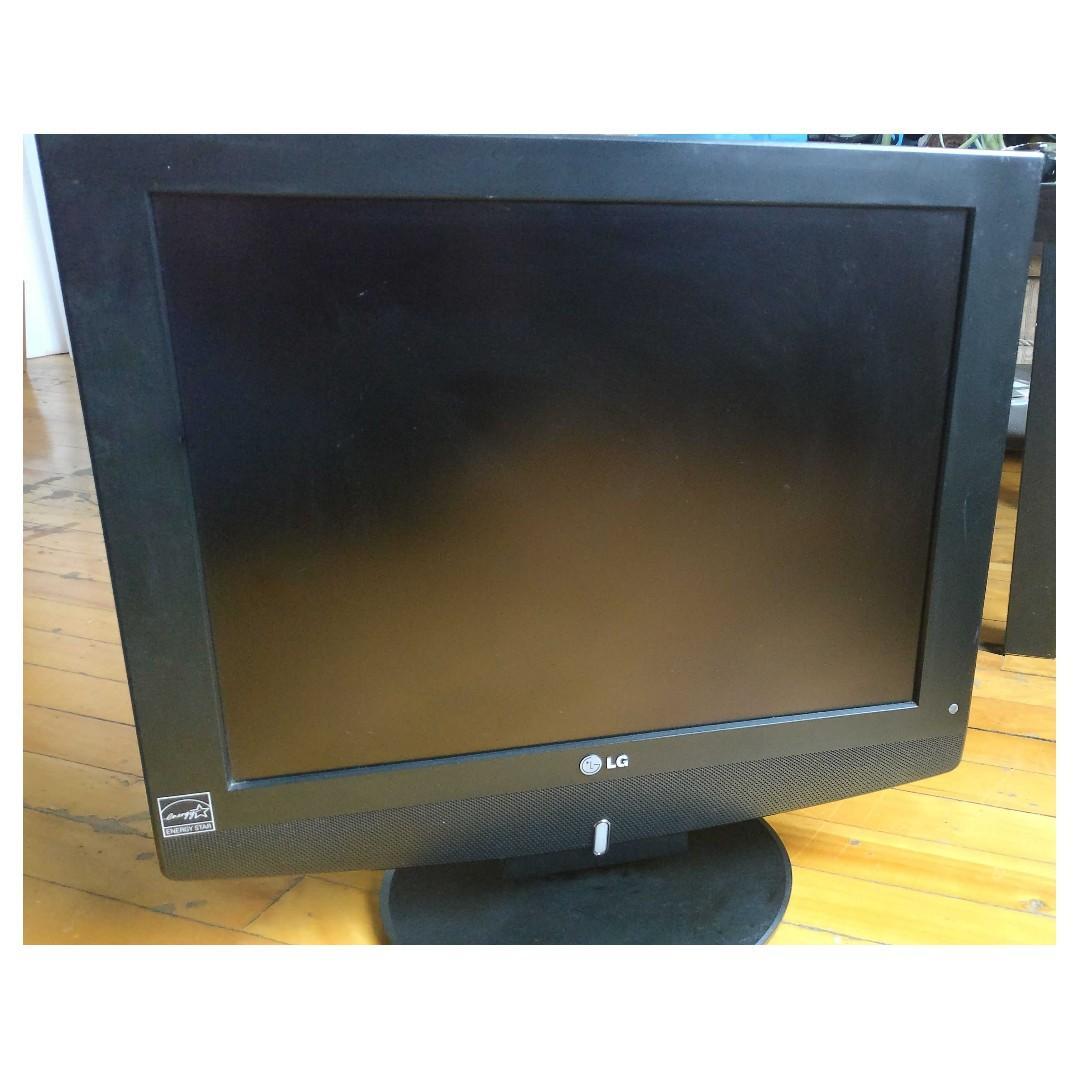 """Téléviseur TV LG 20"""" - 20LC1RB"""