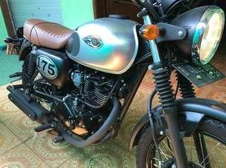 Kawasaki w175 silver 2018