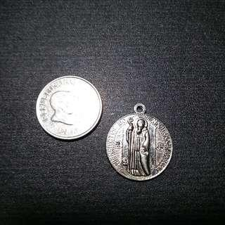 Non Tarnish Pendant Medallion