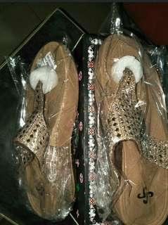 Sister soles sandals (brandnew w/ box)