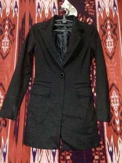Free SF w/in MM: Black coat