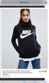 Nike hoodie in black size XS