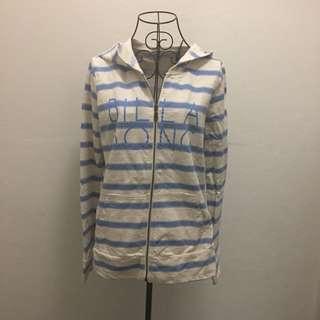 (10) Billabong hoodie