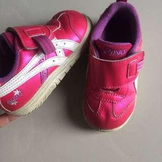 Sepatu Asics ori