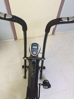 AIBI exercise bike (2 way Air bike with hand pulse)