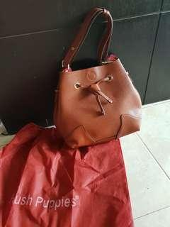 Tas ori hush puppies
