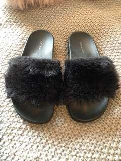 TONY BIANCO Black Faux Fur Slip Ons