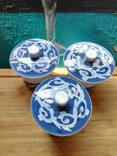 Oriental Blue and White Swirl Teacup Set with Cover