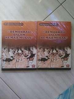 Buku demokrasi take all