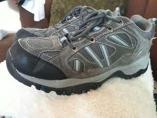 KHOMBU Trekking shoes