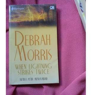 Novel Debrah Morris Ketika petir menyambar
