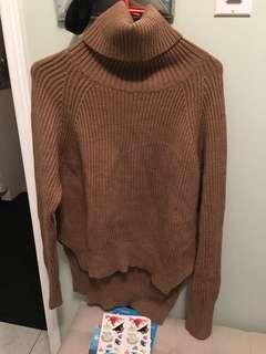 Aritzia Lin sweater xxs camel turtleneck
