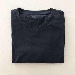 Uniqlo Navy T-shirt